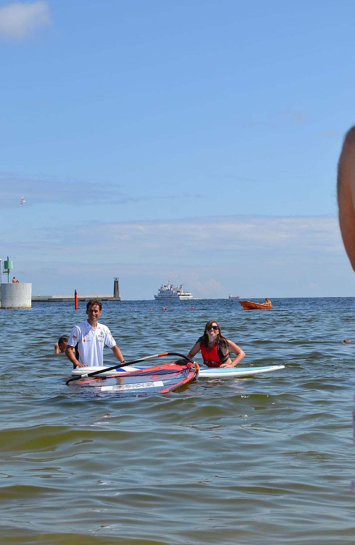 Pierwsze kroki w wodzie Trzy dni windsurfingu z Piotrem Myszką Trzy dni windsurfingu z Piotrem Myszką DSC 0179