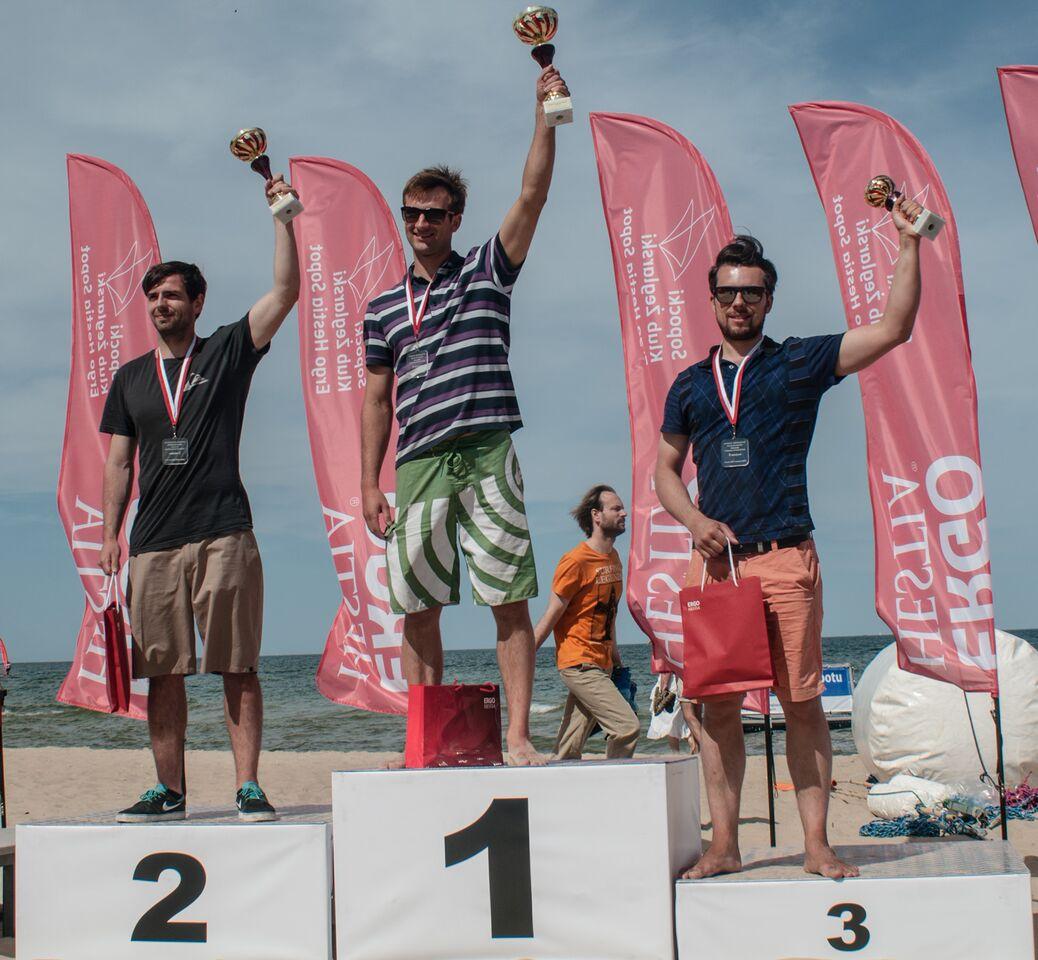 mistrzostwa polski formula windsurfing_podium puchar przezydenta sopotu rozstrzygnięty Puchar Prezydenta Sopotu w windsurfingu rozstrzygnięty mistrzostwa polski formula windsurfing podium
