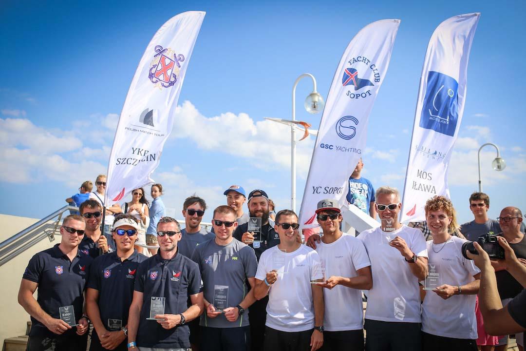 Yacht Club Sopot zwycięża pierwsze rozgrywki Polskiej Ekstraklasy Żeglarskiej Yacht Club Sopot zwycięża pierwsze rozgrywki Polskiej Ekstraklasy Żeglarskiej IMG 1098