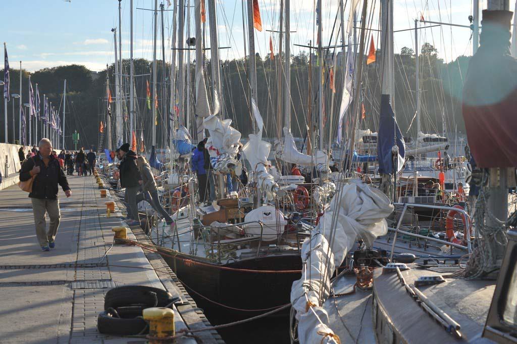 """próchno i rdza ""Próchno i Rdza"" – zlot łódek o klasycznych konstrukcjach z drewna i stali opanował Gdynię LTF 6187"