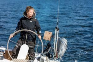 Helly Hansen dla żeglarek Helly Hansen dla żeglarek: w czym modnie na żagle? Helly Hansen SS17 2016 0651 300x200