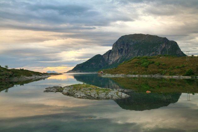 Arktyka 2017 Śladami Ginących Lodowców Jak powitaliśmy Arktykę – wyprawa  Fundacji 4 Kontynenty Arktyka 2017 Śladami Ginących Lodowców stott brygge 630x420