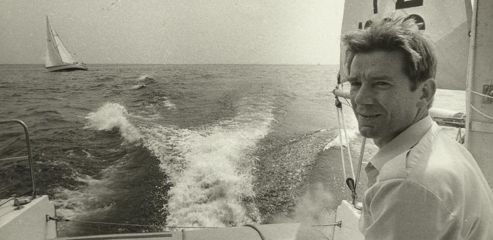zmarłym żeglarzom zapalono znicze Zmarłym żeglarzom zapalono znicze JanKrzeczkowski Uklejewski