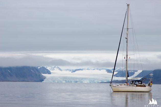 6-letni rejs dookoła Świata kpt. michała palczyńskiego 6-letni Rejs Dookoła Świata kpt. Michała Palczyńskiego Crystal Svalbard lodowiec SKIFF 630x420