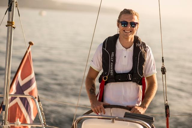 helly hansen Helly Hansen radzi – w czym na żagle w upały Vestas SeaTrial 12