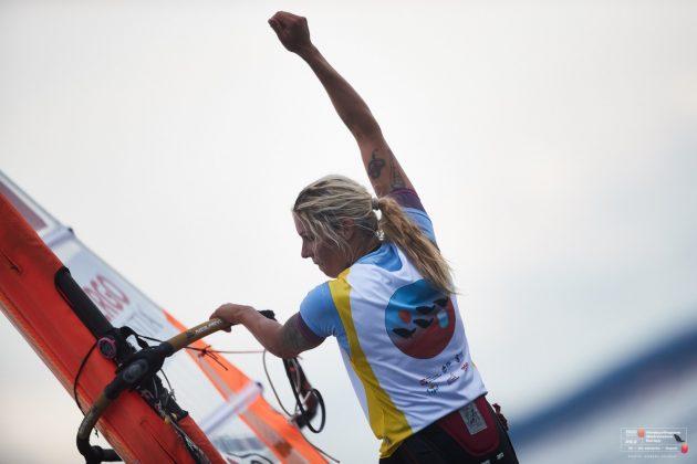 me klasy rs:x ME klasy RS:X – Zofia Klepacka mistrzynią Europy, Lidia Sulikowska ze srebrnym medalem wśród juniorek! web PR 2018 08 23 RSX EC YEC D497 630x420