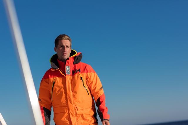 bbb6ebb8c71a85 Helly Hansen poleca: żeglarski zestaw wysokiej mocy – kurtka i spodnie  Skagen Offshore
