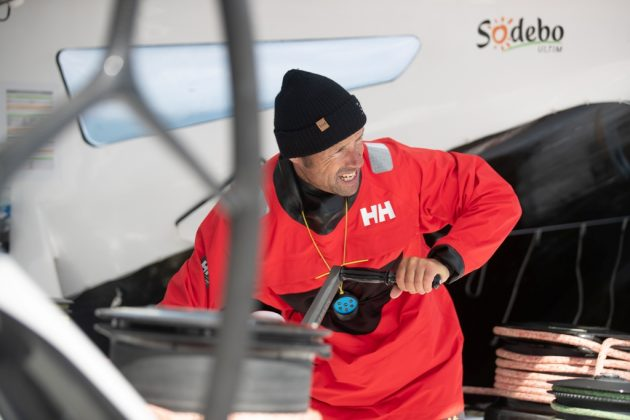 helly hansen Helly Hansen poleca nową kolekcję – HP Racing Midlayer z Thomasem Coville Knighton HHSS19 12632 630x420