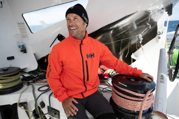 helly hansen Helly Hansen poleca nową kolekcję – HP Racing Midlayer z Thomasem Coville Knighton HHSS19 13120 630x420