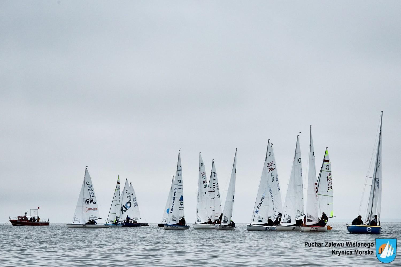 puchar polski w klasie omega wystartował w krynicy morskiej Puchar Polski w klasie Omega wystartował w Krynicy Morskiej S 02681