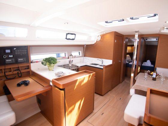 Rejs Majorka Teneryfa rejs Rejs stażowy Majorka – Faro – Madera – Teneryfa – październik 2019 interior2 560x420